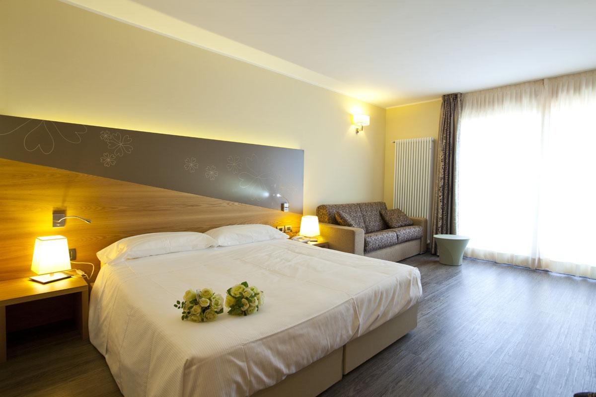 Harmony Suite Hotel - Mondoparchi - Tanto divertimento gratis ...